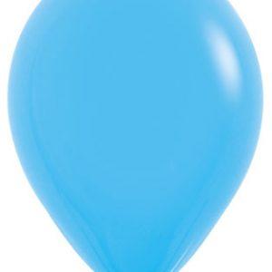Globos de 30 centímetros, en color azul de la marca Sempertex