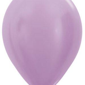 Globos de 30 centímetros, en color lila perlado de la marca Sempertex