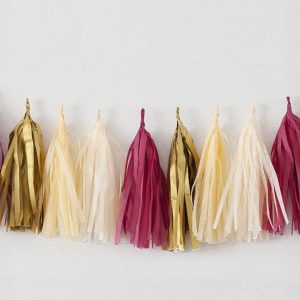 Tassels en colores champagne, framboise, vanille y or diseñados por Made With Lof