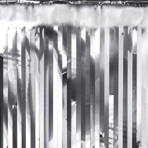 Cortina de18,5 x 400 centímetros en color plata