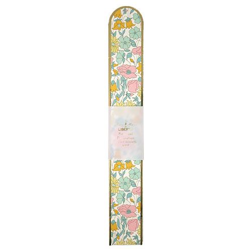 1 fan con estampado en flores con borde dorado diseñado por Meri Meri