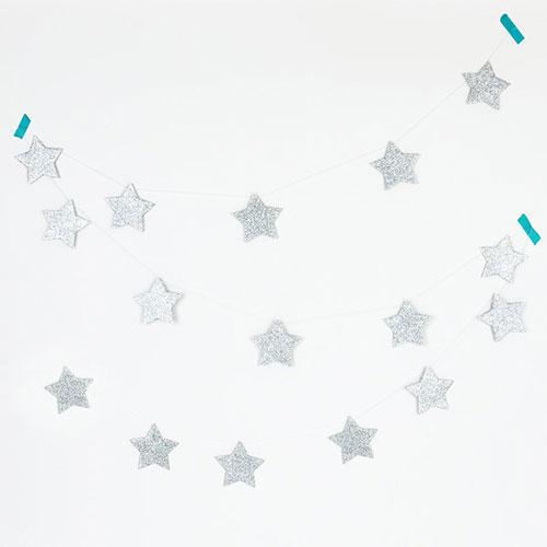 Guirnalda de 3 metros de papel brillante con estrellas plateadas diseñada por My Little Day