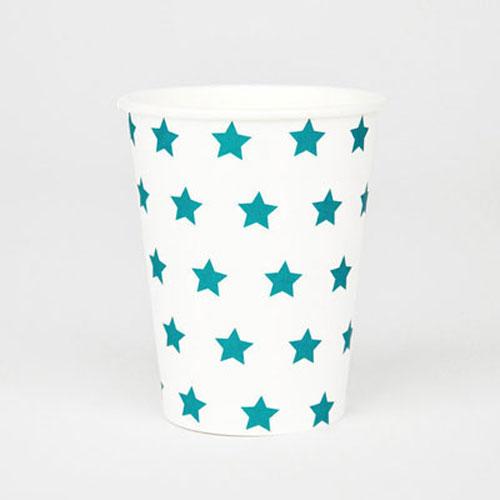 Vasos blancos con estrellas azules diseñados por My Little Day