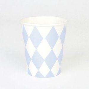 Vasos con rombos blancos y azul claro diseñados por My Little Day