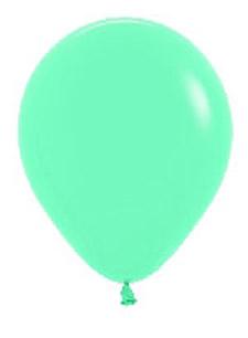 Globos de 30 centímetros, en color aquamarina de la marca Sempertex