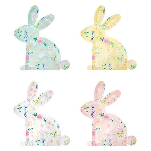12 platos pequeños de cartón, en forma de conejo en 4 tonalidades pastel y con flores silvestres diseñados por Meri Meri.
