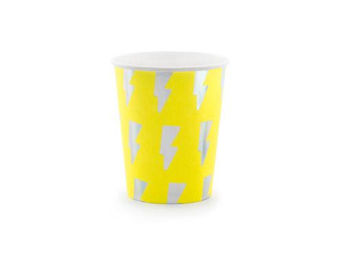 8 vasos de cartón personalizados con rayos. Estos vasos son ideales para fiestas de cumpleaños.