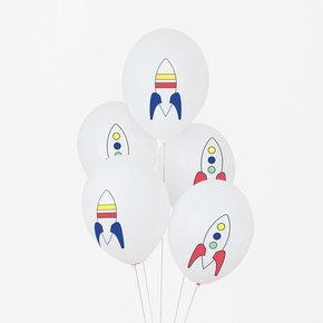5 globos blancos con cohetes, diseñados por My Little Day.Son ideales para un cumpleaños o fiestas inspiradas en el espacio.