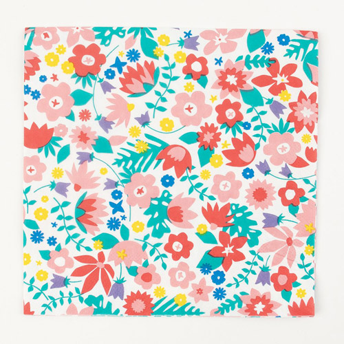 20 servilletas con flores diseñadas por My Little Day. Estas servilletas son ideales para fiestas de primavera.
