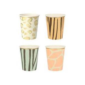 8 vasos de 4 diseños diferentes diseñados por Meri Meri. Estos vasos son ideales para una fiesta de safari.